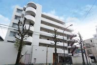 外観:淡島通りに面するマンション