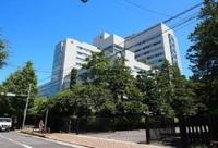 周辺環境:日本赤十字社医療センター2200m