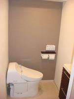 トイレ:タンクレスタイプのトイレ